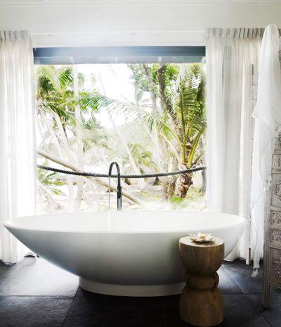 """<strong><a href=""""http://contemporaryhotels.com.au/"""" target=""""_blank"""">Bedarra Island Villa, Bedarra QLD</a></strong>"""