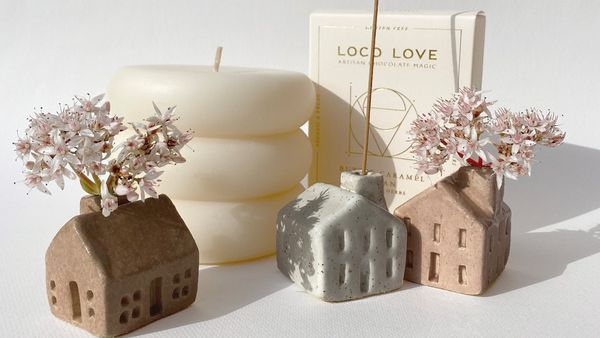Home decor and candles.