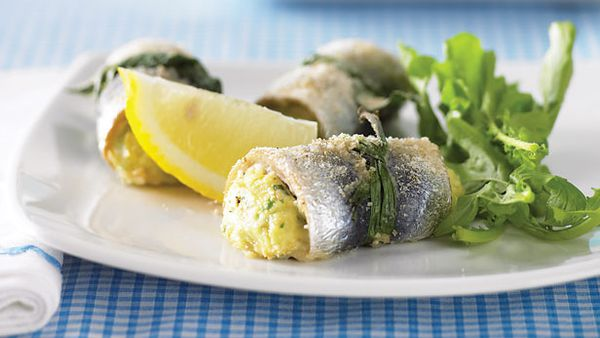 Sardines stuffed with herbed ricotta
