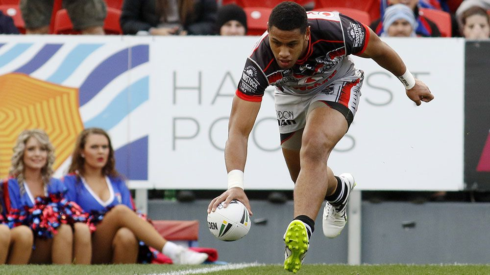 Warriors and Fusitua hammer Knights in NRL