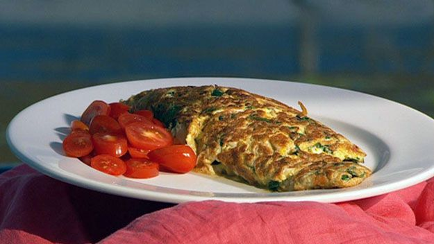 Smoked fish and spinach omelette
