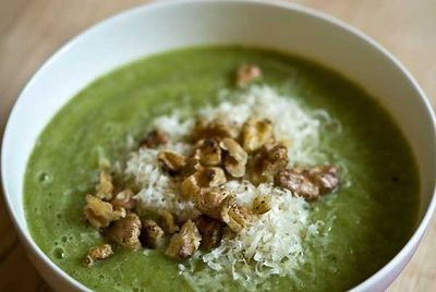<strong>Brunch: Broccoli soup</strong>