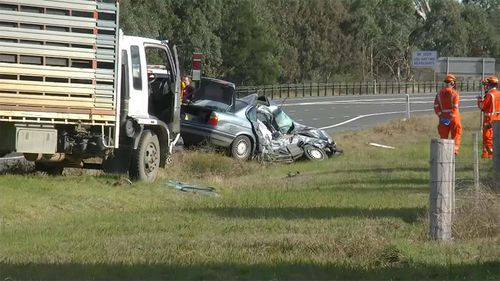 Elderly Victorian couple dead after crashing into truck