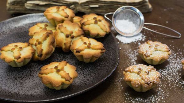 Kirsten Tibballs' tropical fruit mince tarts