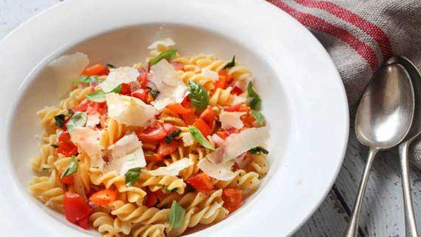 Liliana Battle's fusilli with no-cook fresh tomato sauce