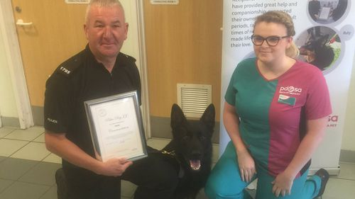 Police dog awarded for its 'nose for evidence'