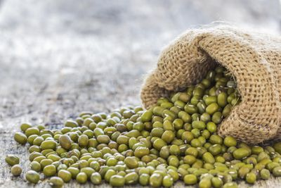 <strong>#3 Mung beans (24g of protein per 100g)</strong>