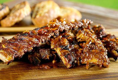"Recipe:&nbsp;<a href=""http://kitchen.nine.com.au/2016/05/05/13/44/julian-wus-asadostyle-barbecued-beef-ribs"" target=""_top"">Julian Wu's Asado-style barbecued beef ribs</a>"