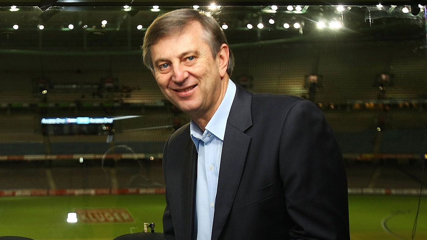 Legendary AFL broadcaster Dennis Cometti inducted into Australian Football Hall of Fame