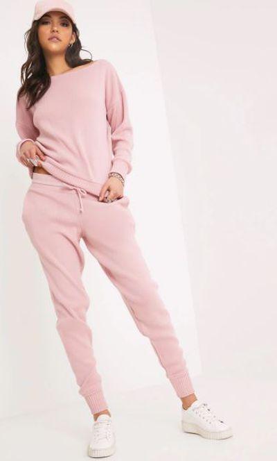 "<a href=""https://www.prettylittlething.com.au/auriel-pink-jogger-jumper-knitted-lounge-set.html?utm_source=google&utm_medium=cpc&utm_campaign=google_shopping_aus&utm_content=aus&utm_term=product_target&istCompanyId=74121939-b5b6-4d8b-9339-c063e6f96600&istItemId=xpxmmtaiwp&istBid=tzxi&gclid=EAIaIQobChMI7_ncpO2h2QIVyAgqCh1QSQQVEAkYBiABEgKL9PD_BwE"" target=""_blank"" draggable=""false"">Auriel pink jogger lounge set</a>, $60"