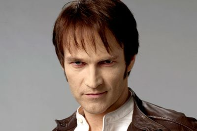 Bill Compton has a painfully dated haircut, dusty clothes, and pale and sallow skin. In fairness, it's because he's a vampire who's been around since American Civil War days.