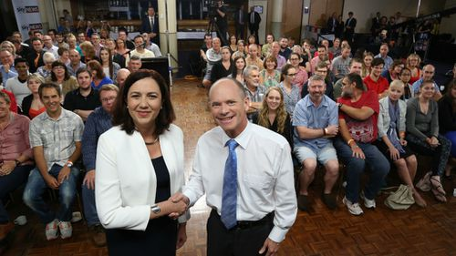 Leaders to blitz Queensland in last days of election campaign