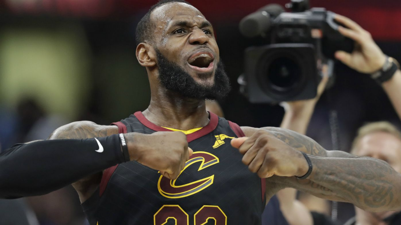 LeBron saves Cavs with NBA buzzer-beater