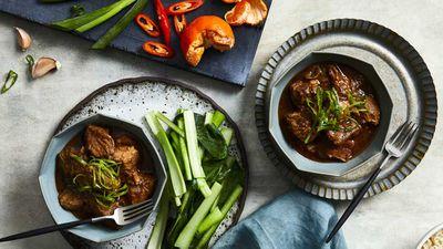 """Recipe:<a href=""""http://kitchen.nine.com.au/2017/09/12/22/04/mandarin-five-spice-pork"""" target=""""_top""""> Mandarin five spice pork</a>"""