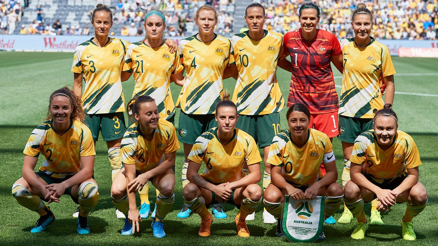Players of Australia pose for a photo during the International friendly match between the Matildas and Chile