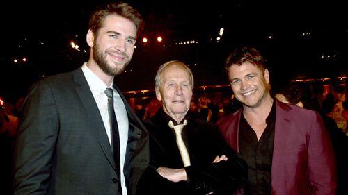 Liam and Luke Hemsworth with Paul Hogan.