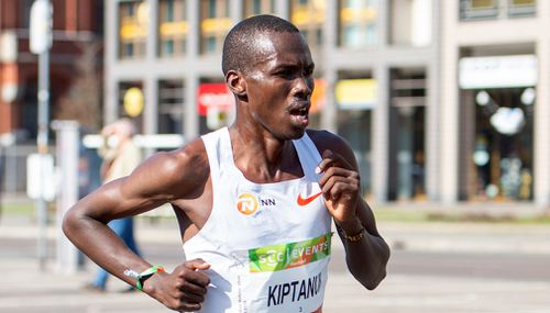 Erick Kiptanui from Kenya is on his way to win the Berlin Half-Marathon race. (AP)