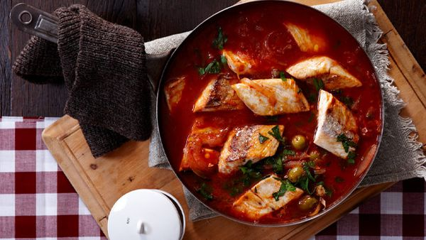 Spicy fish hot pot