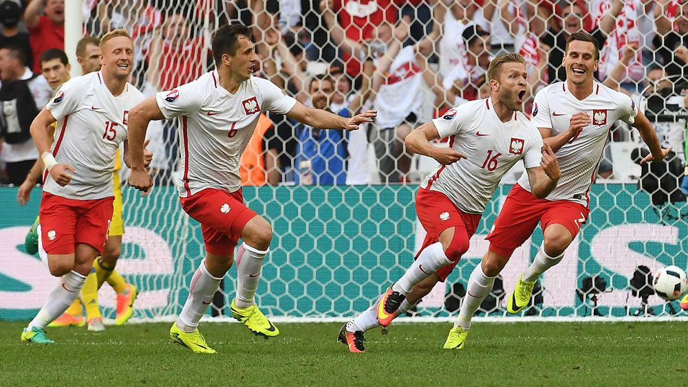 Poland reach Euro16 knock-out stages