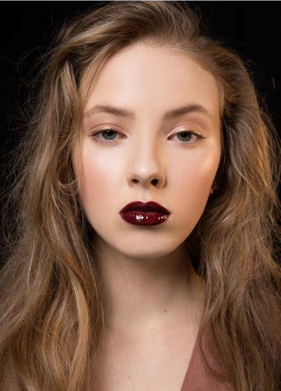 Glass-finish plum lip by Olivia Hemus for M·A·C Cosmetics, Harman Grubisa Fall/Winter 2017, New Zealand Fashion Week.