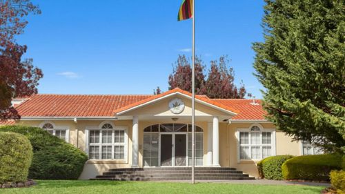 Zimbabwean Embassy in Canberra goes on sale for $1.8m in affluent suburb