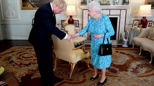 Boris Johnson meets with Queen Elizabeth II to become the new PM.