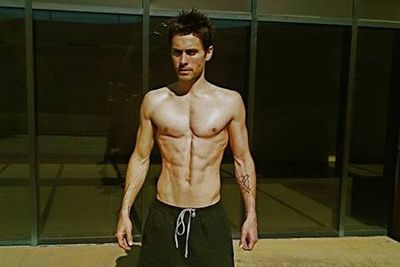 Jared piled on the pounds for a movie role and then lost it all to reveal these freakishly defined abs.