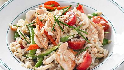 Grilled salmon salad with brown rice