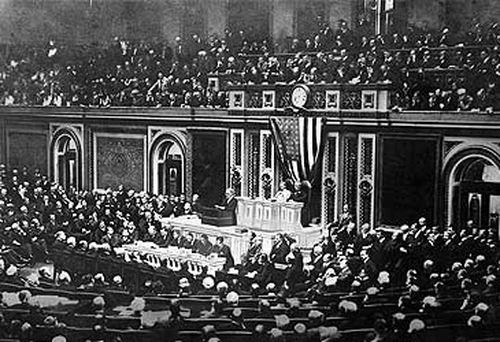 US Congress in 1917 (Getty)