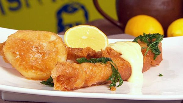 Beer battered flathead with chunky potato scallops