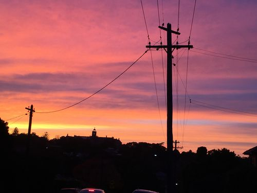 Sydney enjoyed a glorious sunrise this morning, but cool conditions are on the way.