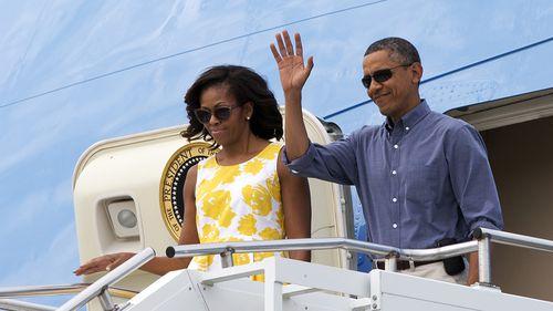 Barack and Michelle Obama nab book deals