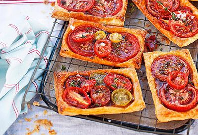 Tomato galettes with fetta and thyme