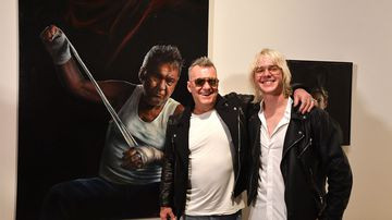 A young Sydneysider has won the Packing Room Prize with a portrait of Jimmy Barnes.