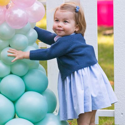 Princess Charlotte plays with balloons in Canada, September 2016