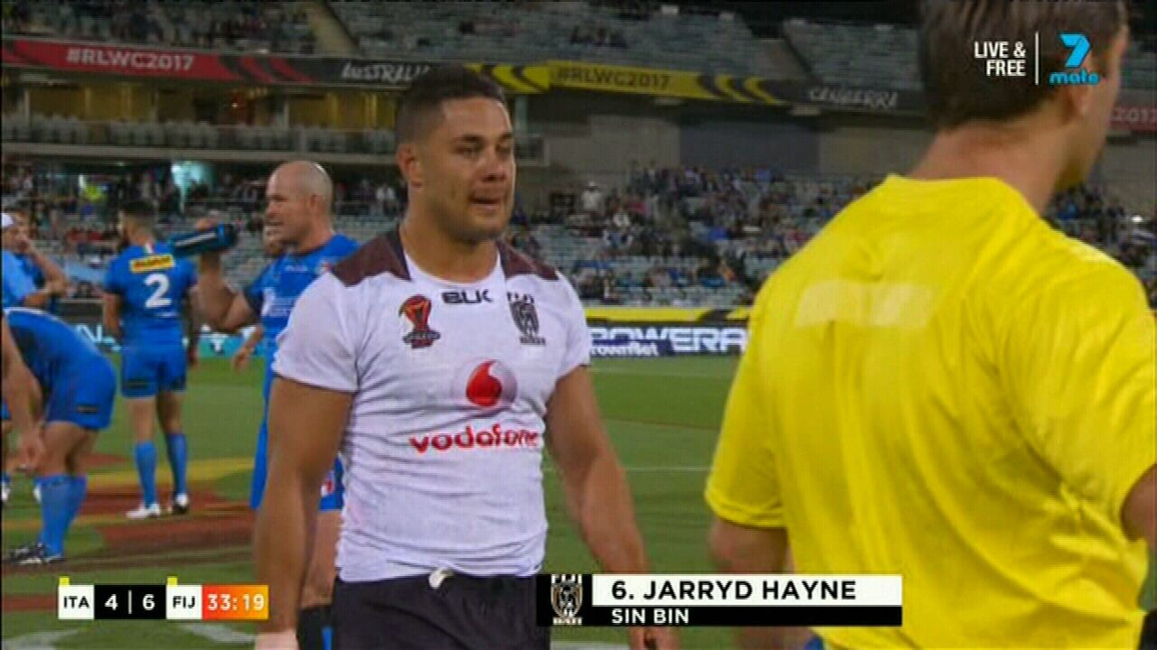 Hayne sent to sin bin for fighting