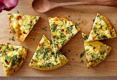 Simple Spanish omelette