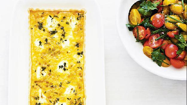 Leek, goat's cheese & thyme tart with tomato salad