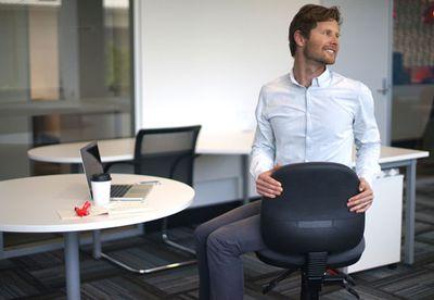 Sitting chair twist