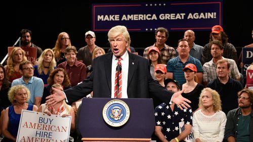 Alec Baldwin impersonates Donald Trump in SNL. (AAP)