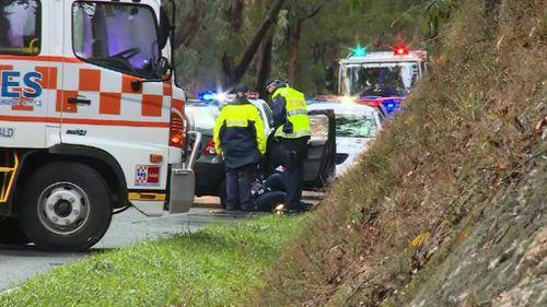 Victorian firefighter injured at scene of fatal car crash