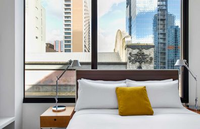 Ovolo Laneways suite bedroom