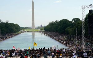 March on Washington: Thousands gather at commemoration on steps of Lincoln Memorial