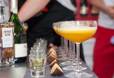 """<a href=""""http://kitchen.nine.com.au/2016/05/04/15/37/the-bon-vivant-champagne-cocktail"""" target=""""_top"""">The Bon Vivant champagne cocktail</a>"""