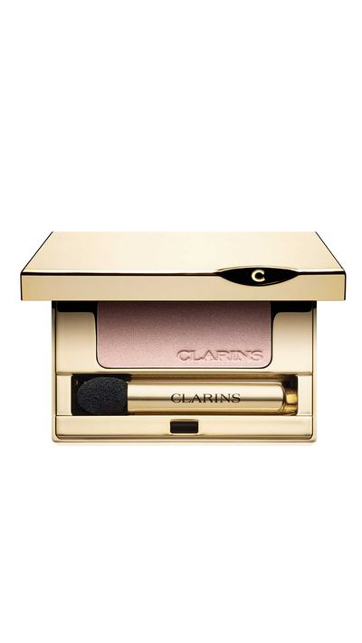"<a href=""http://shop.davidjones.com.au/djs/ProductDisplay?catalogId=10051&amp;productId=994503&amp;langId=-1&amp;storeId=10051"" target=""_blank"">Mineral Eyeshadow in Golden Rose, $34, Clarins.</a>"
