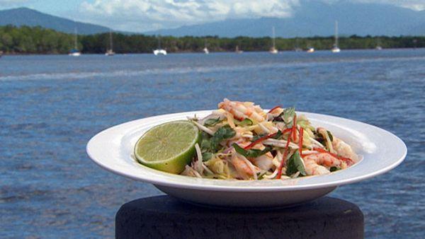 Vietnamese prawn & papaya salad