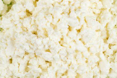 Cottage cheese: 65mcg iodine per cup