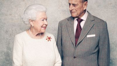 Queen and Prince Philip mark 70th wedding anniversary with new portraits