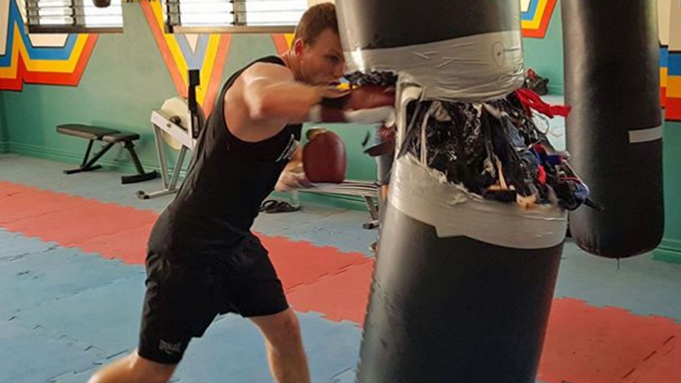 Jeff Horn splits heavy bag in training session ahead of bout against Anthony Mundine
