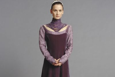 Now 33, back in 2005 Kristy scored the role of Motée in <i>Star Wars: Episode III - Revenge Of The Sith</i> – a loyal handmaiden who tended to Padmé Amidala (Natalie Portman) during her secret pregnancy. Maybe Chloe's next ghostly appearance on <i>Home And Away</i> could bring this new look to Summer Bay.